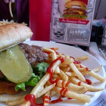 Steak N Shake 24 Photos 37 Reviews Burgers 1365 E Main
