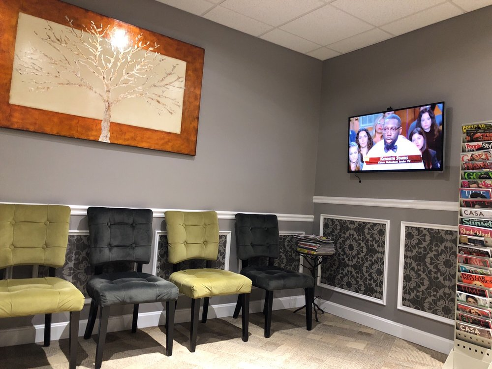 Decrescenzo Chiropractic: 160 Taunton Ave, East Providence, RI