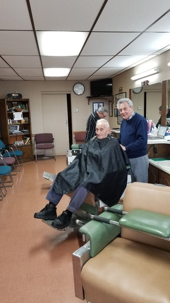 Viola's Barber Shop: 1071 Washington Ave, Carnegie, PA