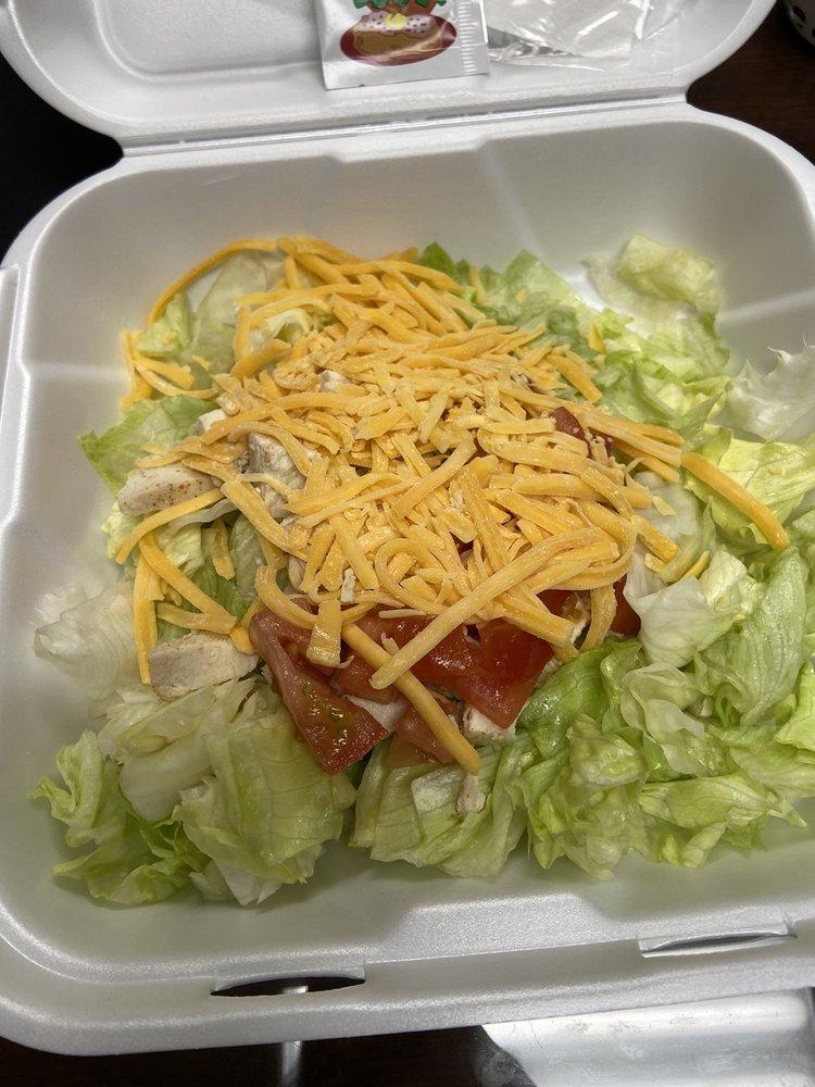 Salad Etc: 311A Monroe St, Grenada, MS