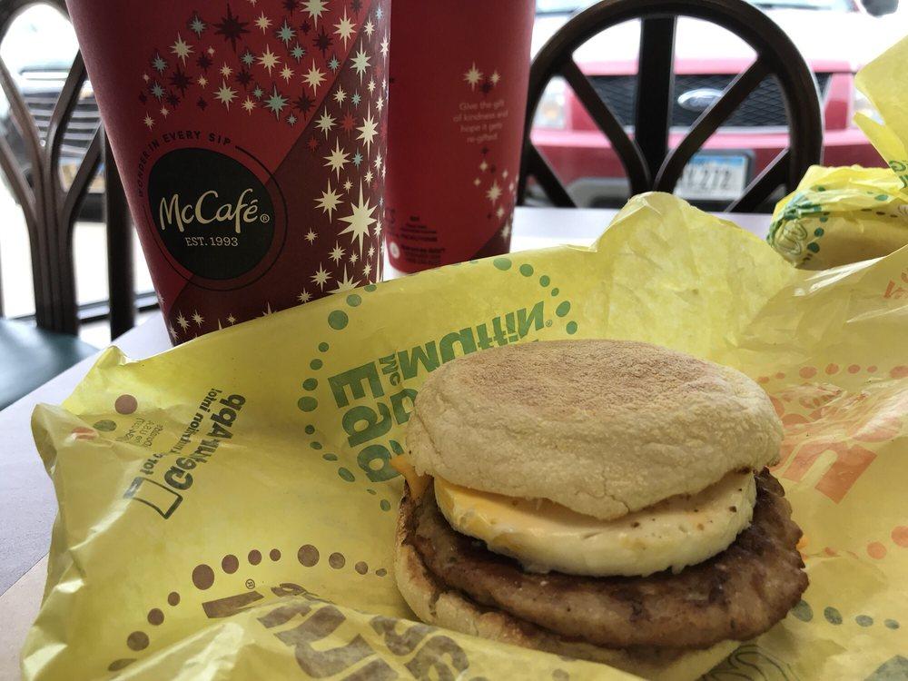 McDonald's: 2816 Singing Hills Blvd, Sioux City, IA