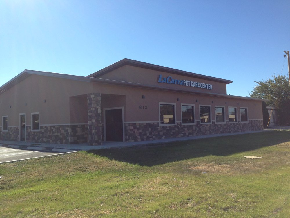 La Cueva Pet Care Center: 613 W Pierce St, Carlsbad, NM