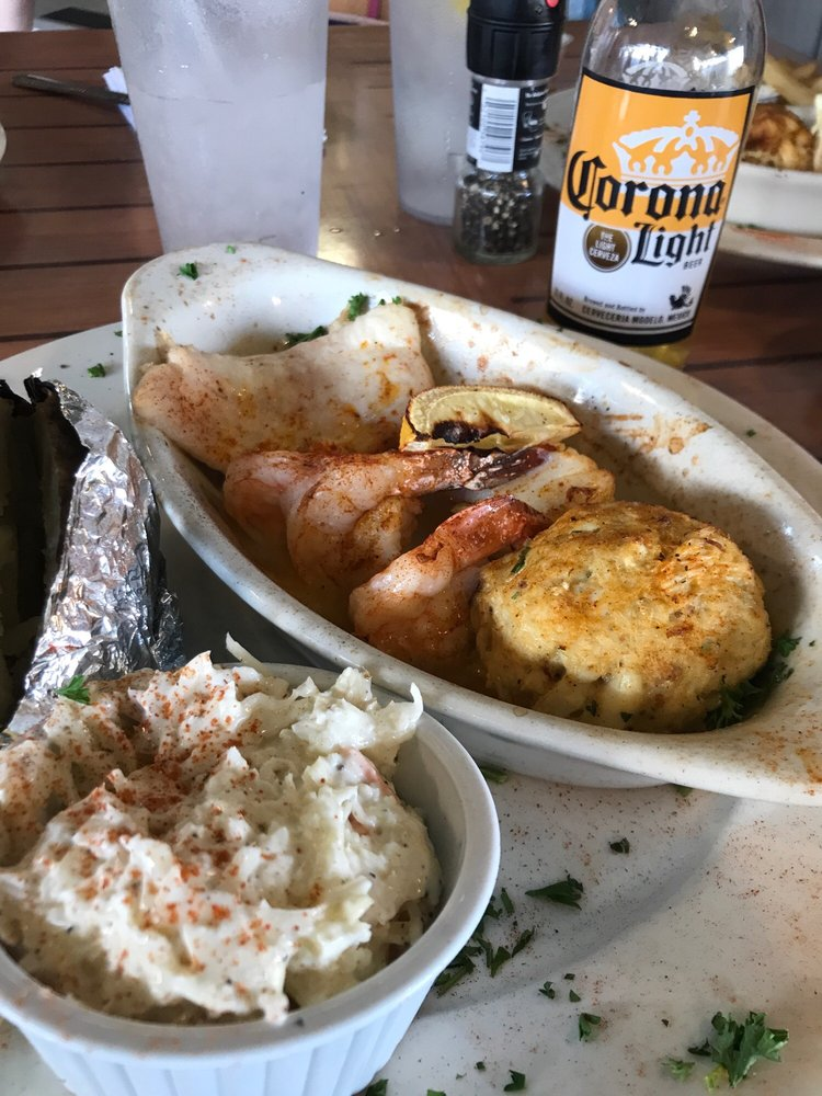 Tonio's Seafood Shack: 2481 Ocean Dr, Avalon, NJ
