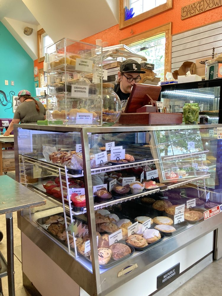 Scratchmade Snackery: 57544 Hwy 12, Hatteras, NC