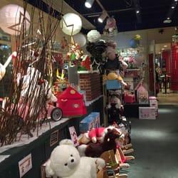 magasin de jouets en bois lille