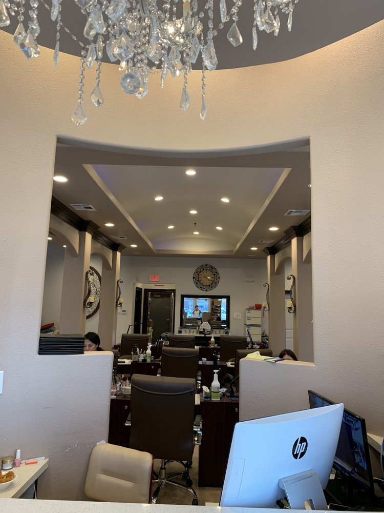 Avalon Nails and Spa: 111 Old Camp Rd, Lafayette, LA