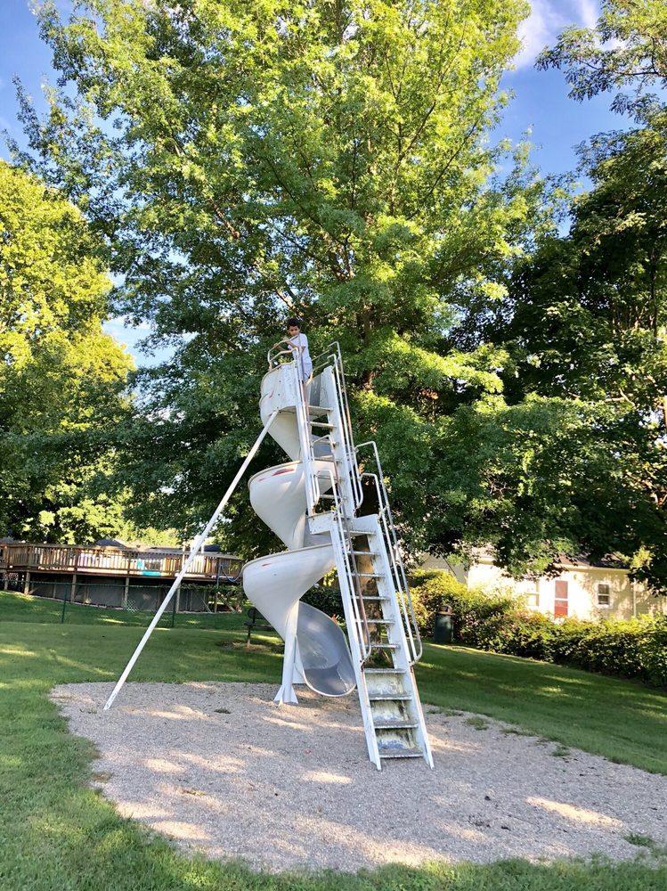 Fortville Memorial Park: 300 W Church St, Fortville, IN