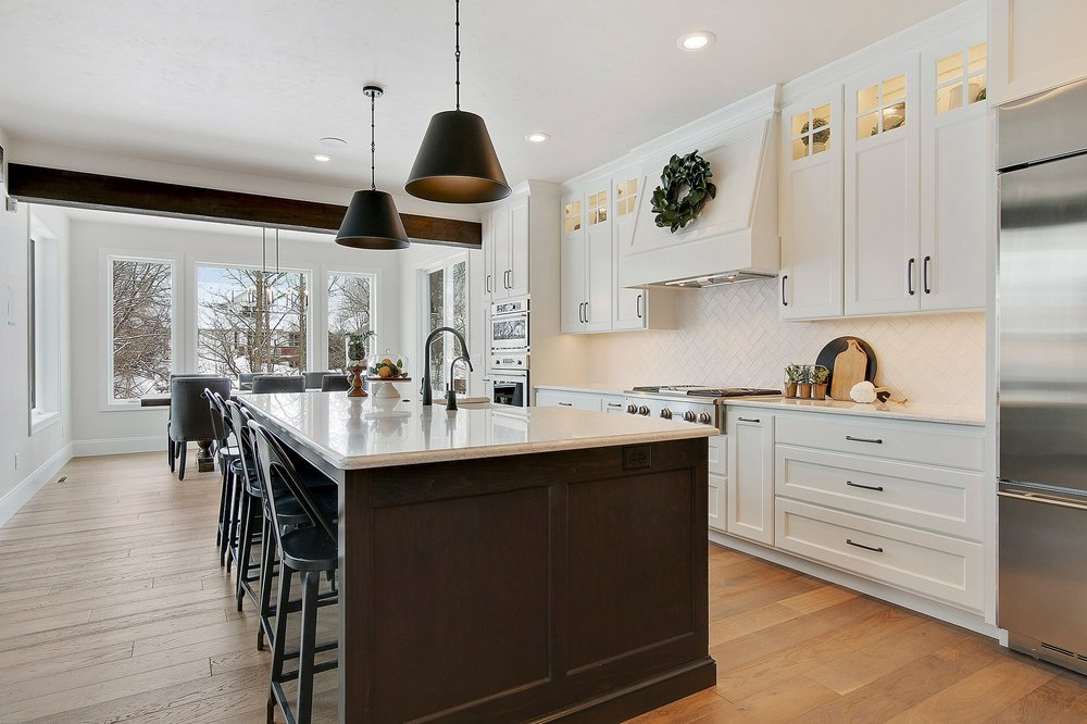 Bay Area Granite & Marble - BAGM: 145 Golf Course Dr, Wrightstown, WI
