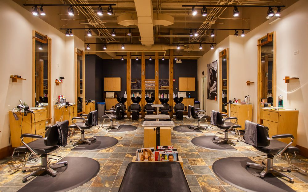 Thomas West Salon