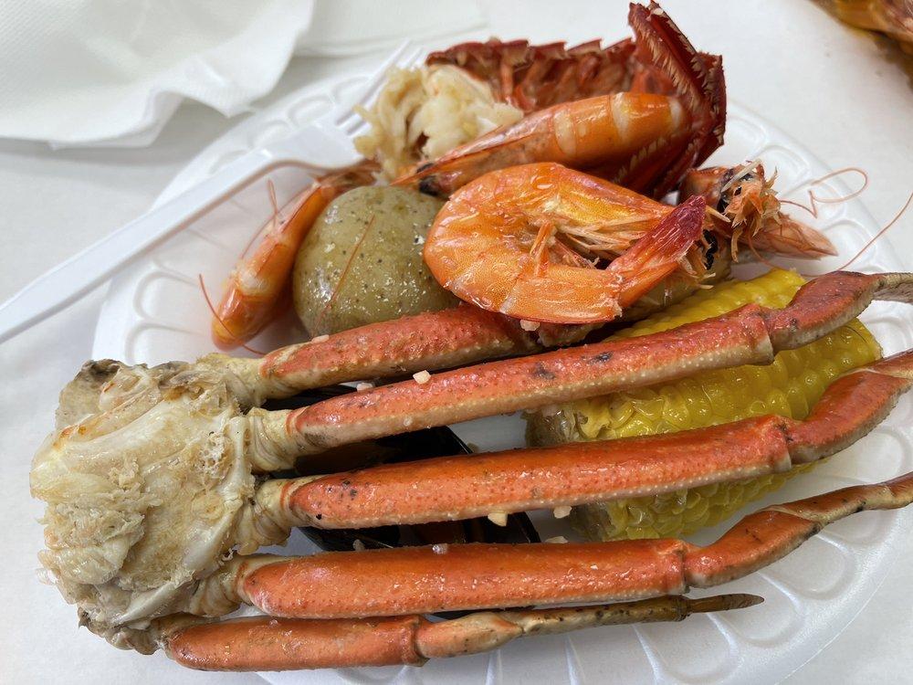 Krackin Cajun Seafood House: 3025 S Main St, Joplin, MO