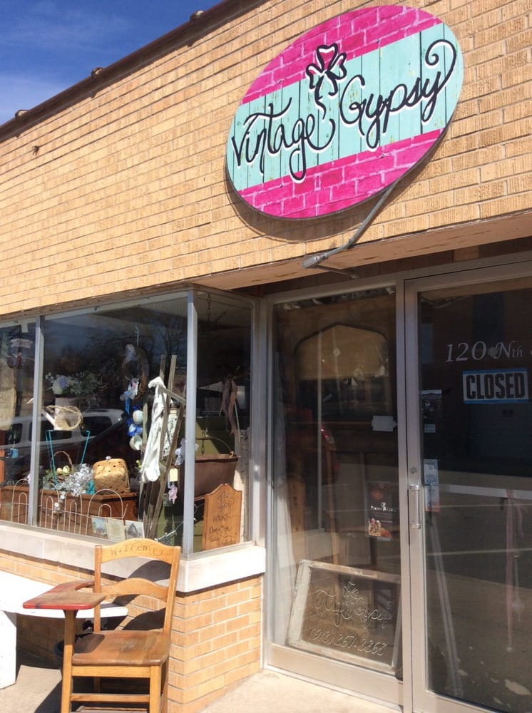 Vintage Gypsy: 108 N 8th St, Atchison, KS