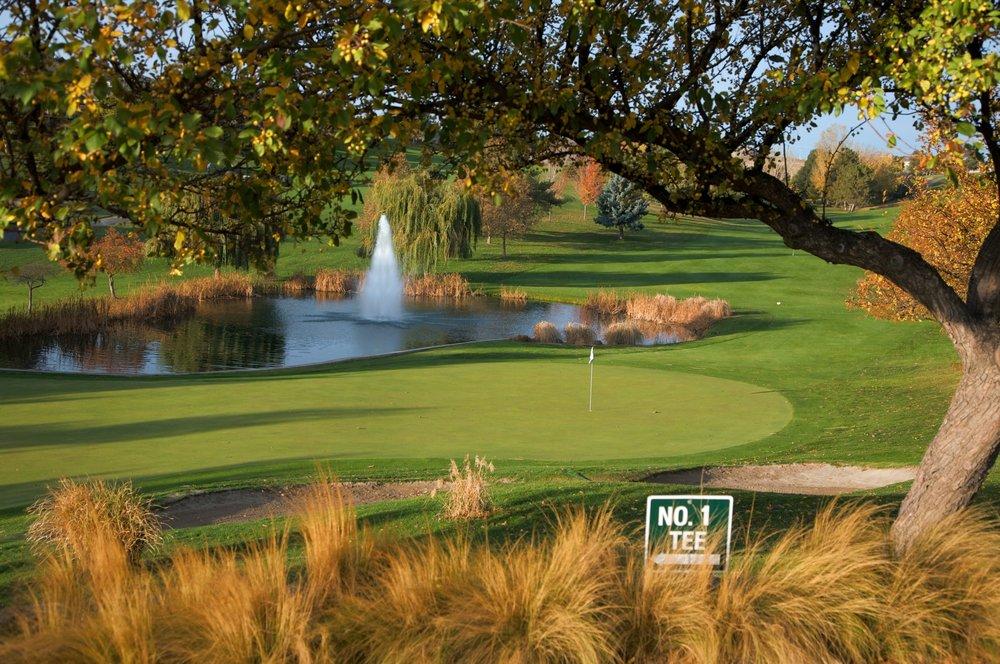 Canyon Lakes Golf Course: 3700 W Canyon Lakes Dr, Kennewick, WA