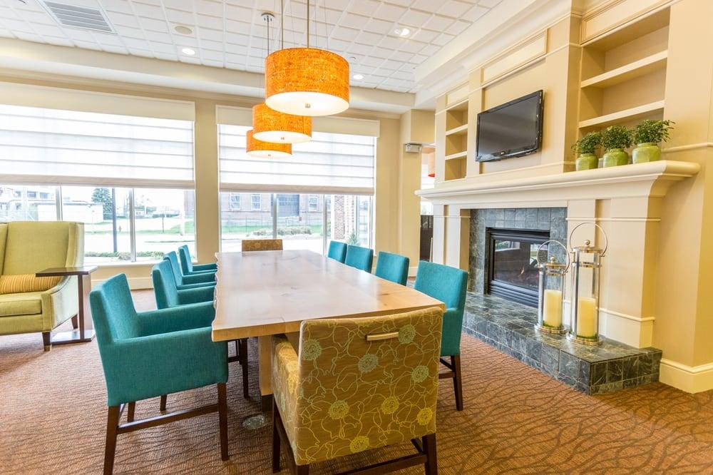 Hilton Garden Inn Providence Airport Warwick 49 Photos 56 Reviews Hotels 1 Thurber St