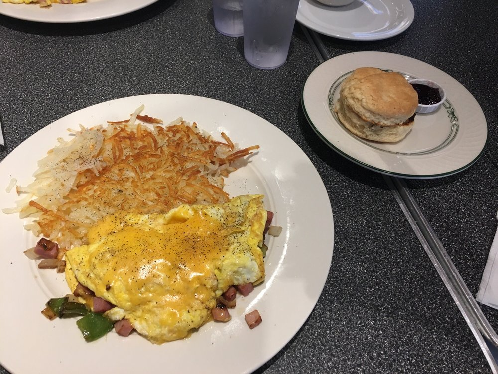 Colby Diner: 2720 Colby Ave, Everett, WA