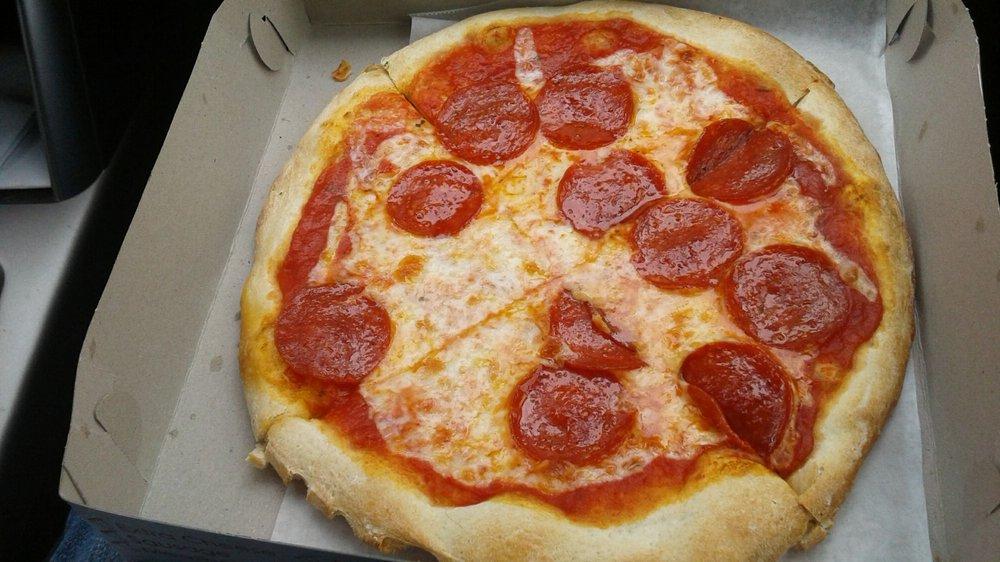 Pizza Star: 104 E Allegheny St, Martinsburg, PA