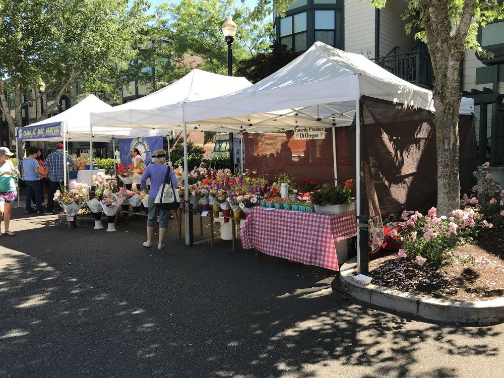 Hillsboro Farmers' Market: 61st & Cornell Rd, Hillsboro, OR