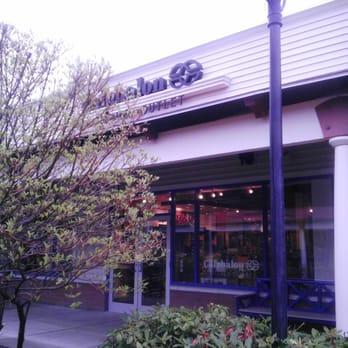 Photo Of Calphalon Kitchen Outlet   Wrentham, MA, United States