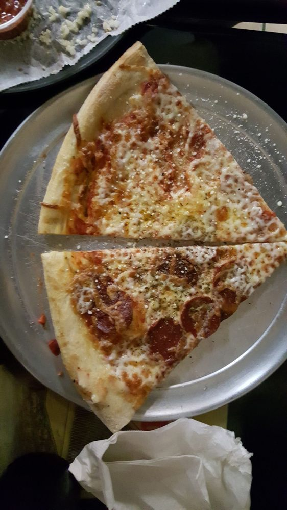 Tony's Pizza: 2620 Blanding Blvd, Middleburg, FL
