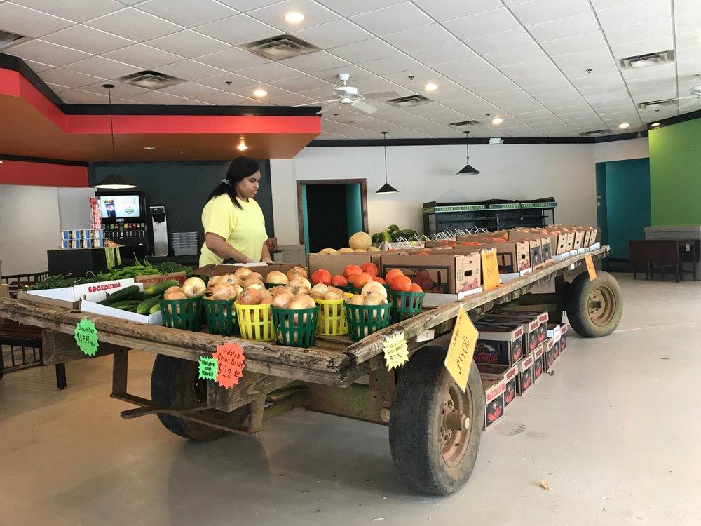 William L Brown Farm Market: 2301 Airport Thruway, Columbus, GA