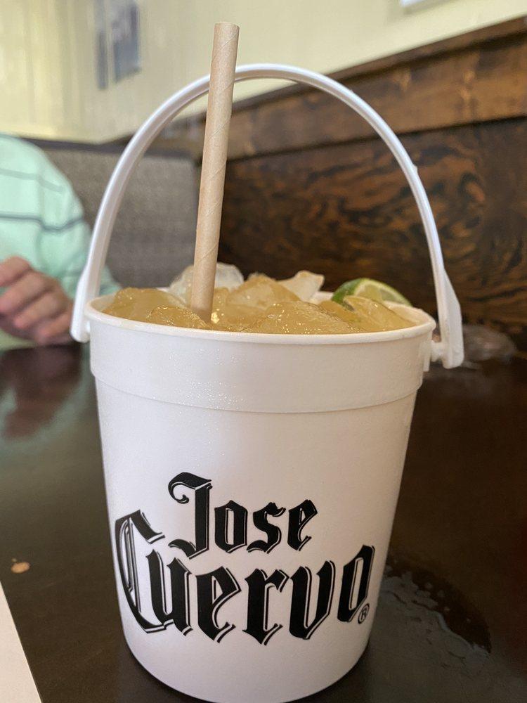 Cresent Beach Bar & Grill: 6975 A1A S, St. Augustine, FL