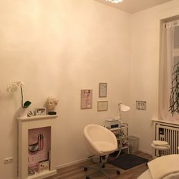 Kosmetikstudio Vilija Nail Salons Lessingstr. 1