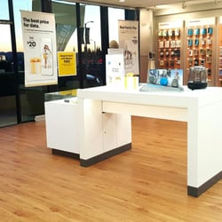 Photo Of Sprint Store   Northridge, CA, United States. COME ON IN.