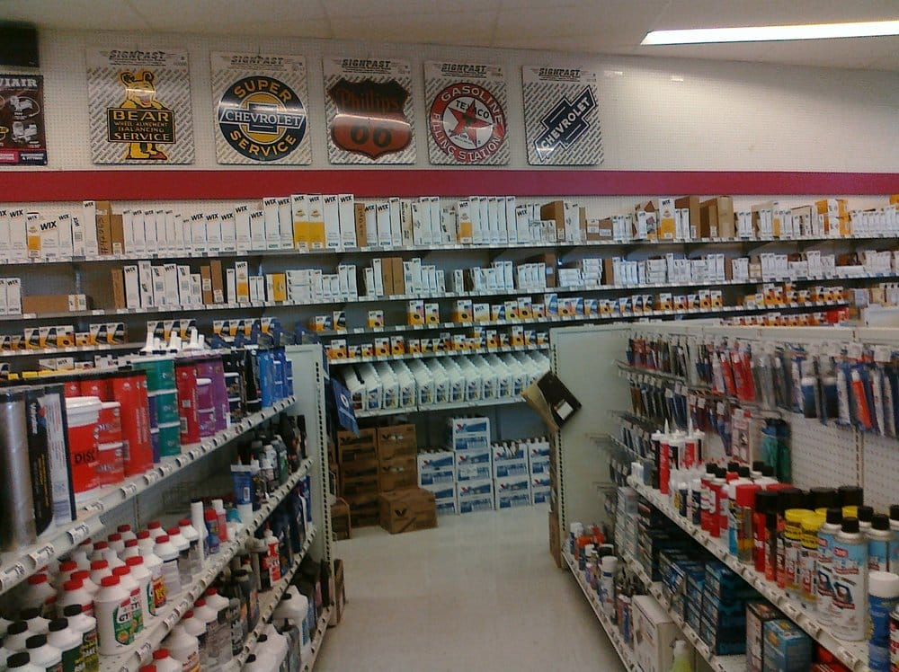 Baxter Auto Parts: 11415 SW Pacific Hwy, Portland, OR