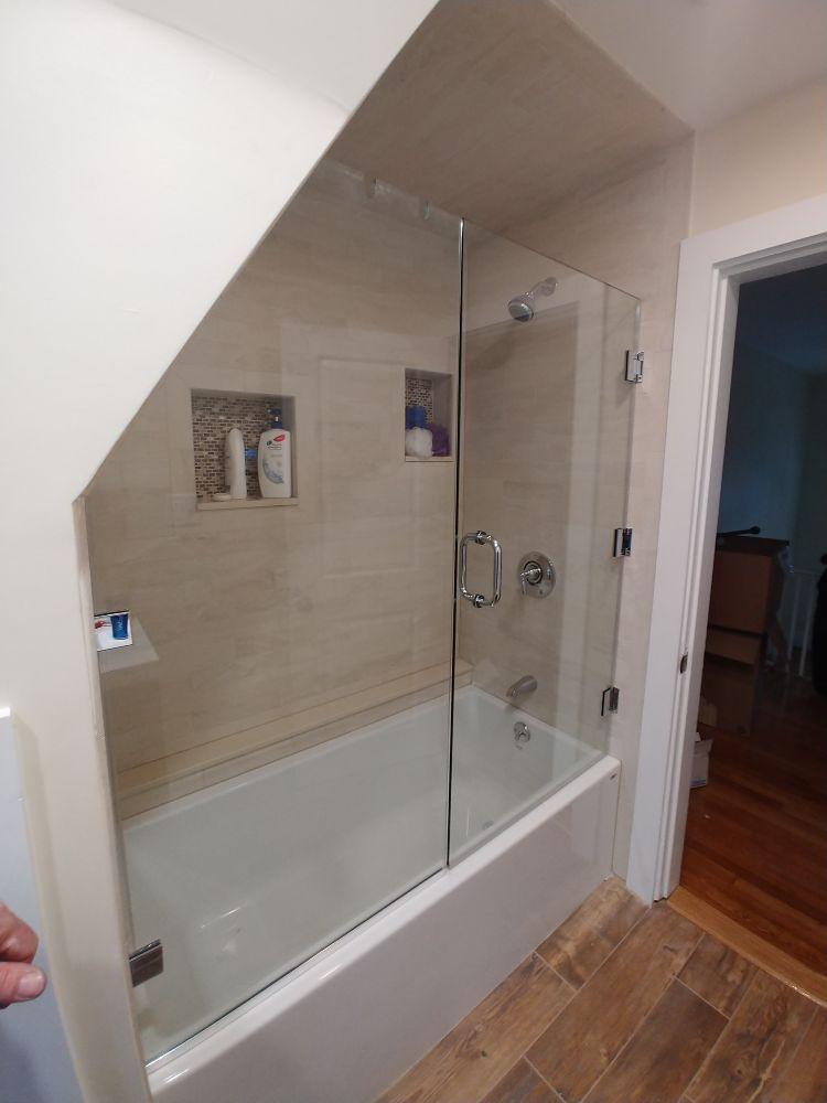 Arlington Glass Mirror and Screen: 34 Dudley St, Arlington, MA