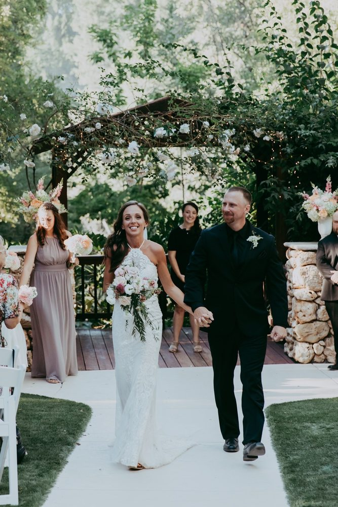 High Sierra Iris & Wedding Gardens: 3170 Hassler Rd, Camino, CA