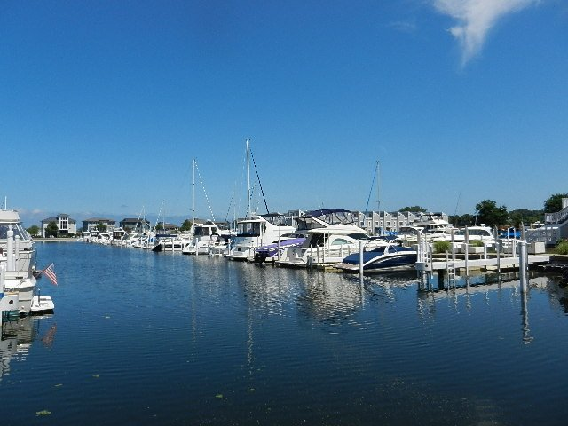 New Buffalo Yacht Club: 500 W Water St, New Buffalo, MI