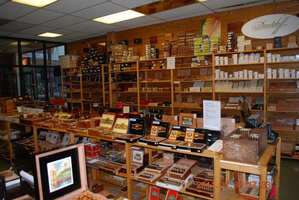 Davidus Cigars: 15922 Shady Grove Rd, Gaithersburg, MD