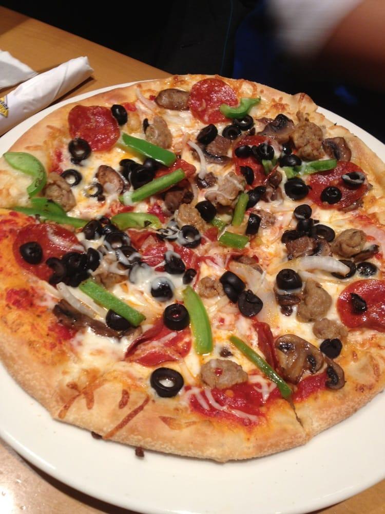 California Pizza Kitchen 72 Photos 102 Avis Pizza 7985 N Blackstone Ave Fresno Ca