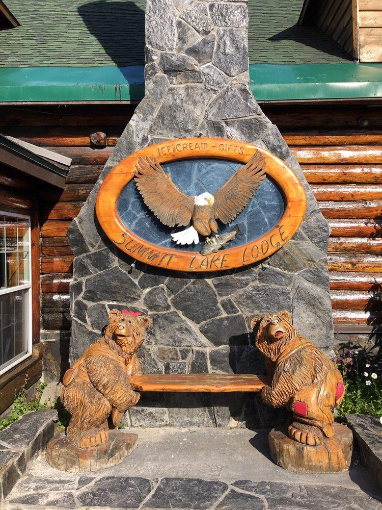 Summit Lake Lodge: 51826 Seward Hwy, Moose Pass, AK