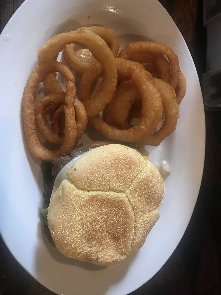 Willow Tree Grill: 592 Hwy 48, Summerville, GA