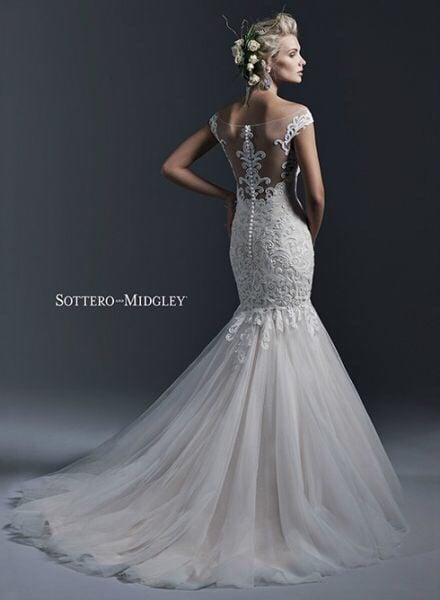 Sophie\'s Gown Shoppe - 11 Reviews - Bridal - 2200 Dundas Street East ...
