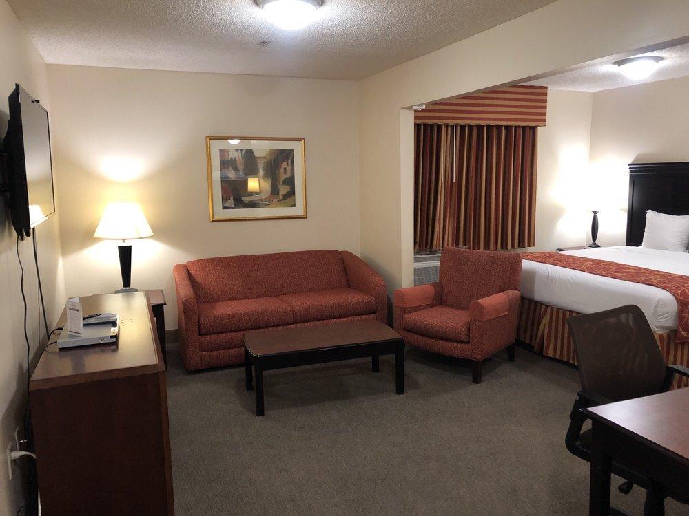 Ashley Quarters Hotel: 4880 Houston Rd, Florence, KY