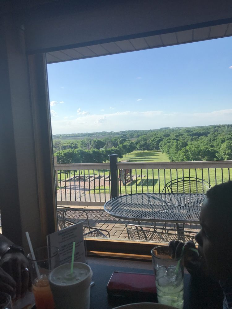 Willow Ridge Golf Course: 1788 Madison Ave, Fort Dodge, IA