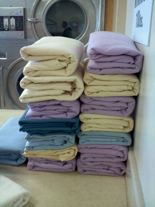 Amy's Laundry 2 Go: 900 Broadway, Westville, NJ