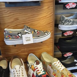 vans shoes warehouse los angeles