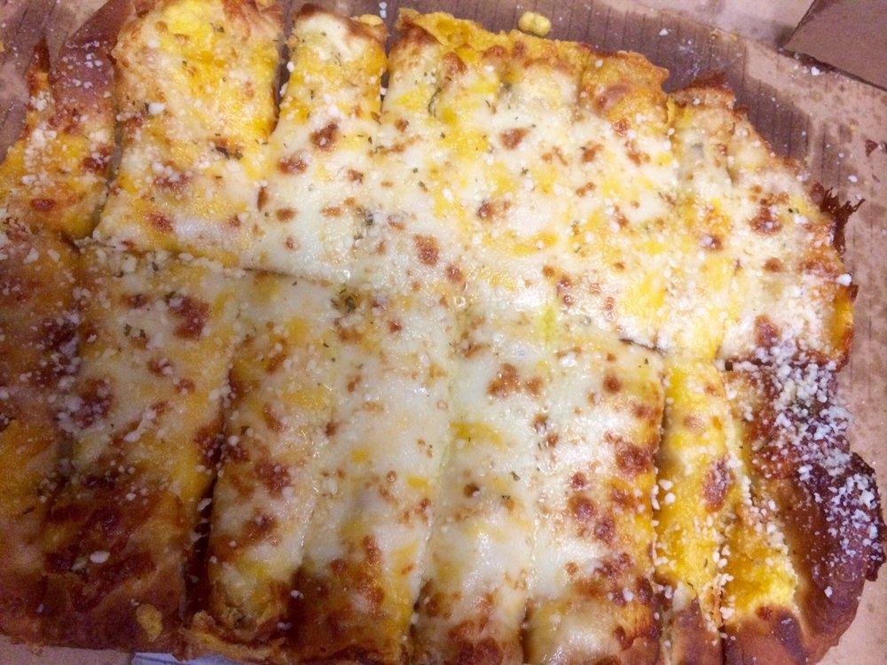 Jaspare's Pizza: 156 North Main St, Lawton, MI