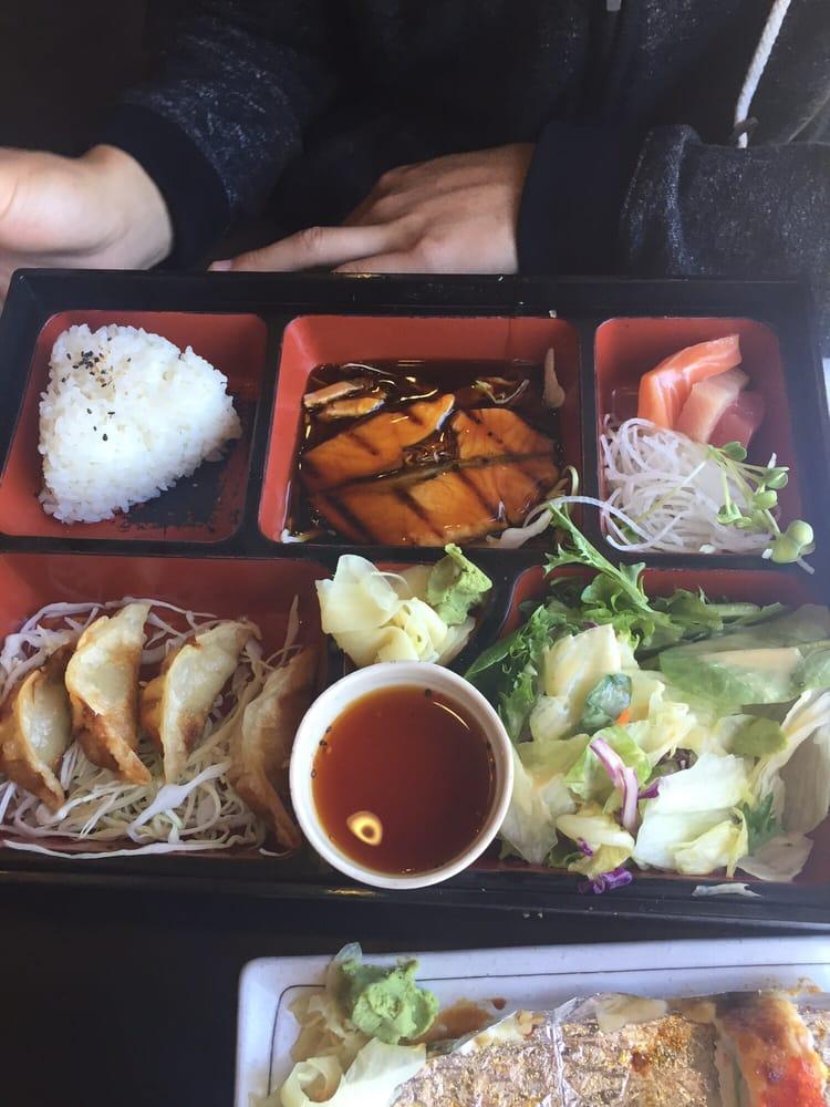 Salmon teriyaki bento yelp for Mad fish menu