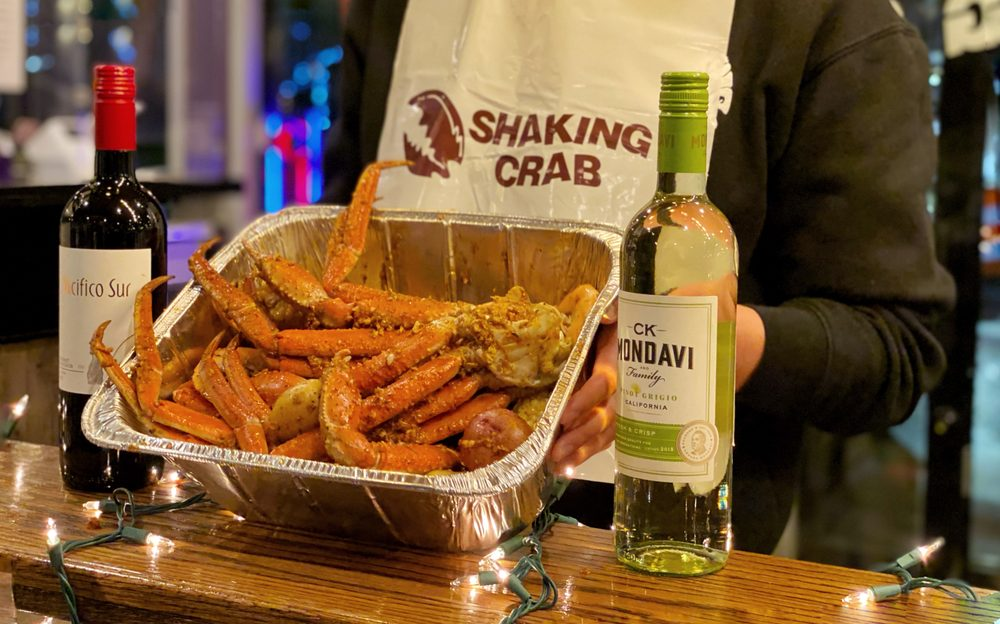 Shaking Crab: 4 Foxborough Blvd, Foxborough, MA