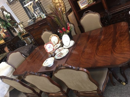 Consignments On Park 10701 Park Rd Charlotte, NC Furniture Stores   MapQuest