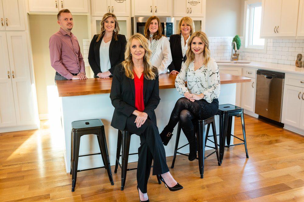Karen Kielian Team: 2016 8th Ave, Plattsmouth, NE