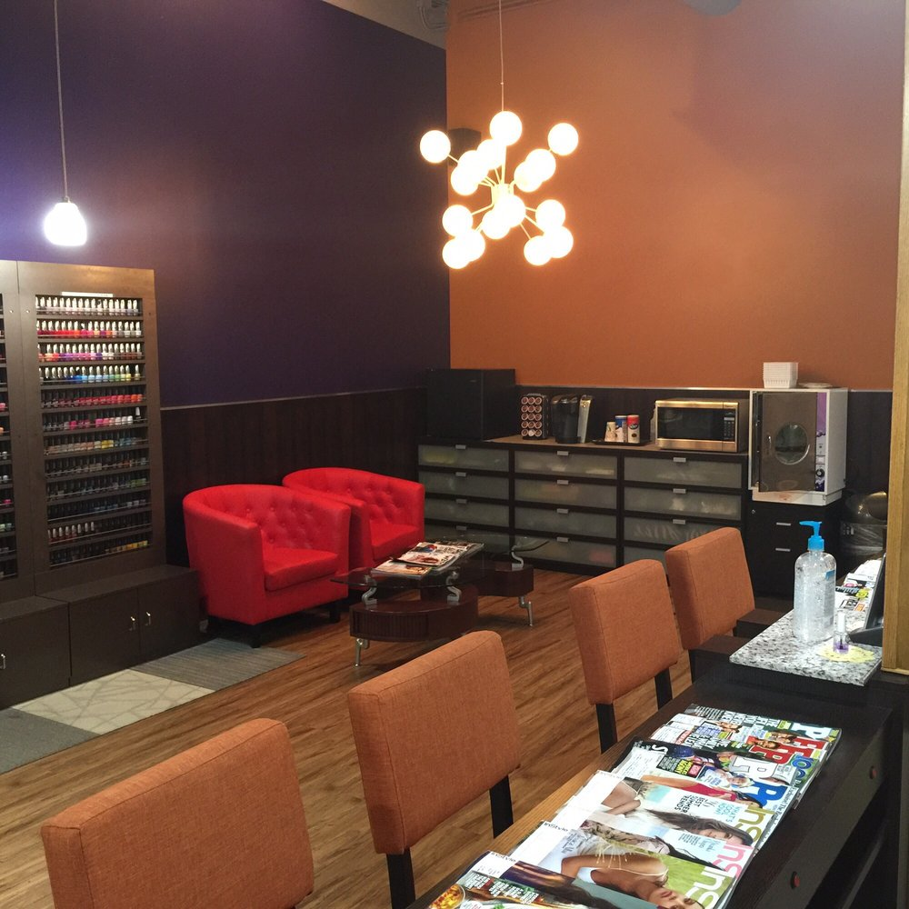 Perry nails 24 reviews nail salons 16350 e arapahoe for Adi perry salon reviews