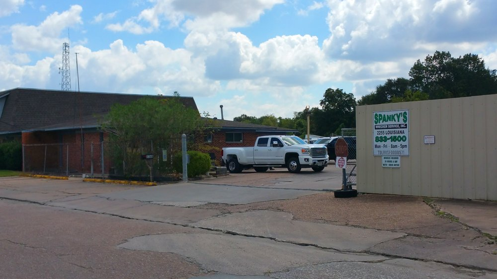 Spanky's Towing & Recovery: 2255 Louisiana St, Beaumont, TX