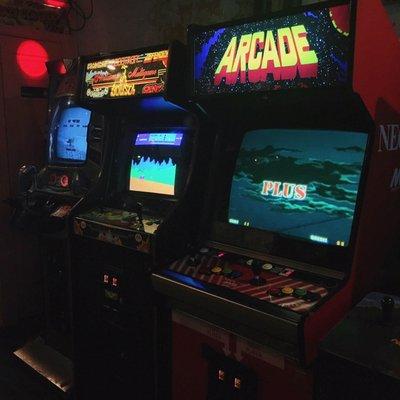 Atlas Arcade - CLOSED - 60 Photos & 114 Reviews - Bars