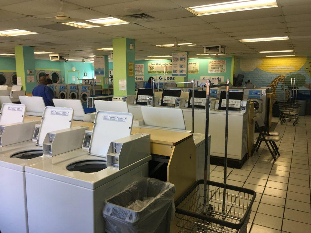 Laundry Basket 24-Hour Laundromat