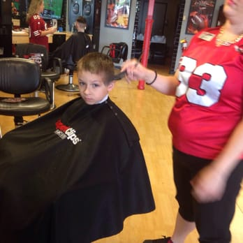 haircut sports clips sport haircuts of rock hester s crossing 5187 | 348s