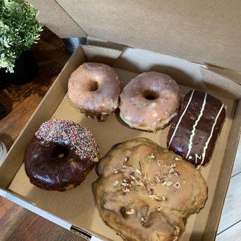 4f5cf7136704 Joe Donut - 136 Photos   123 Reviews - Donuts - 1025 Harlem Ave ...